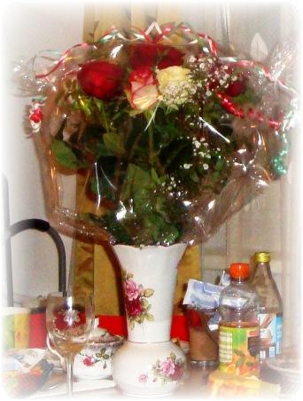 blumen als geschenk blumen verschicken rosen versand preiswert blumenversand zur hochzeit. Black Bedroom Furniture Sets. Home Design Ideas